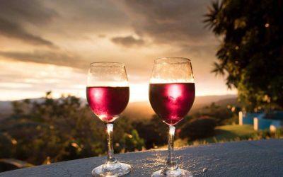 Romantic honeymoon ideas for honeymoon packages in Kerala